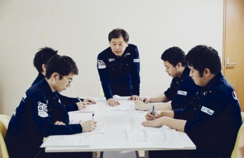 【公式】内田精研有限会社 新卒採用サイト